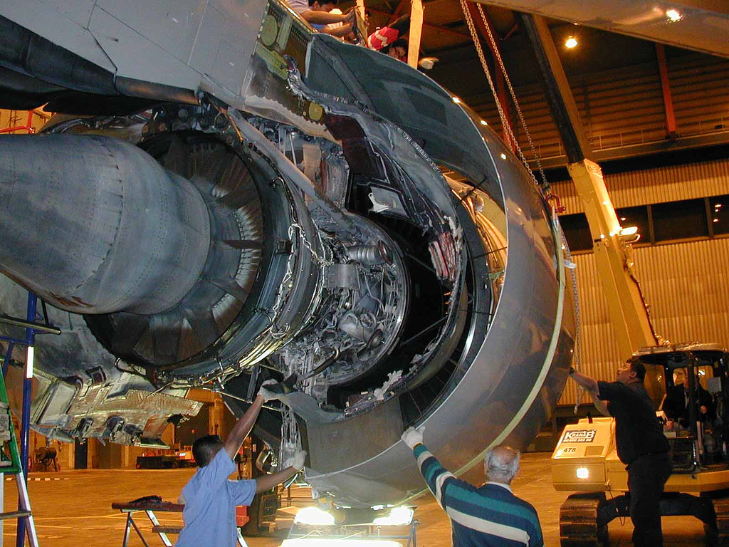 Malaysia Airlines B777 D Duct Replacement